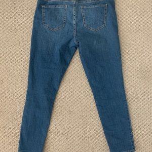 Old Navy Super Skinny Ankle Jeans
